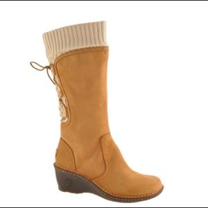 UGG Sylair Chestnut Leather wedge Boots